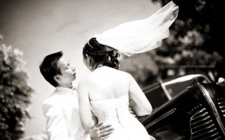 paul-hanna-wedding-sepia-kiss