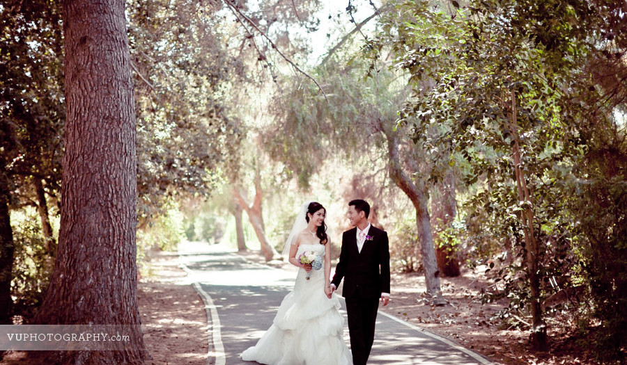 Tammy + Huy at Santiago Park - Vietnamese Wedding Photographer