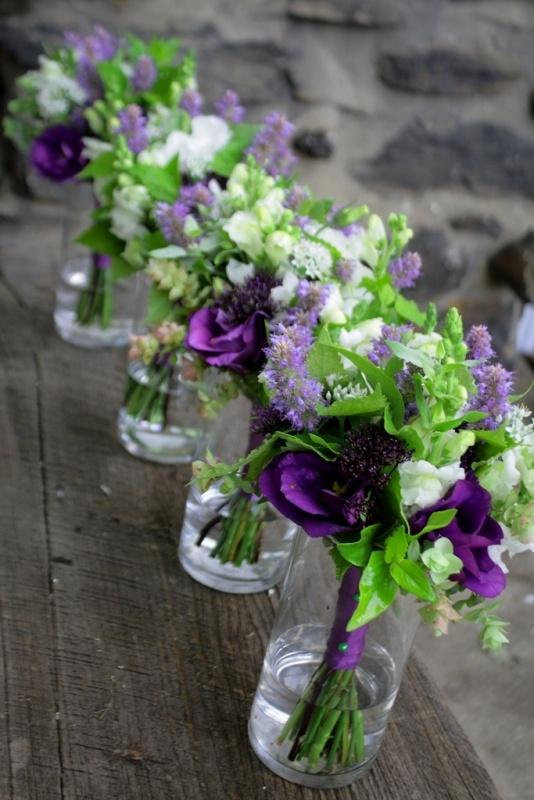 bridesmaid-bouquets