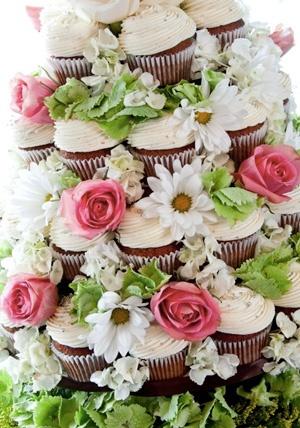 wedding-cupcakes
